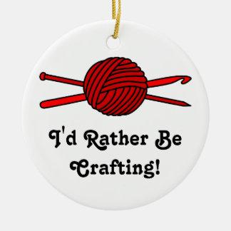 Bola roja del hilado (punto y ganchillo) ornaments para arbol de navidad