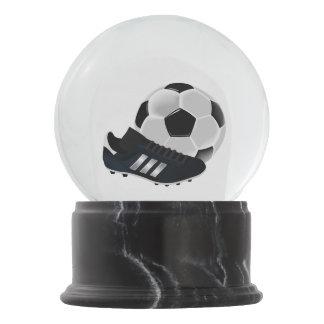 Bola De Cristal Con Nieve Bola y zapato de fútbol