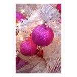Bolas rosadas del navidad folleto 14 x 21,6 cm