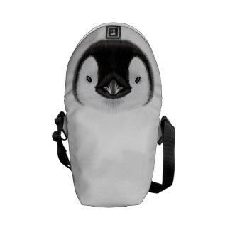 Bolsa De Mensajería Retrato ilustrado del polluelo del pingüino de