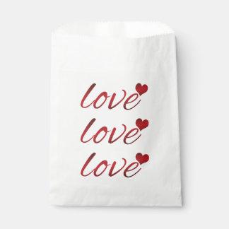Bolsa De Papel Amor rojo oscuro con un corazón