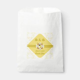 Bolsa De Papel Bolso amarillo del favor del boda con las fuentes