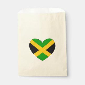 Bolsa De Papel Corazón de la bandera de Jamaica