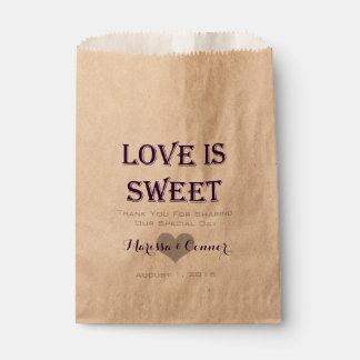 Bolsa De Papel El amor es bolsos púrpuras oscuros dulces del boda