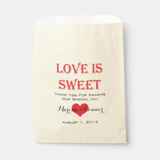 Bolsa De Papel El amor es bolsos rojos y negros dulces del boda