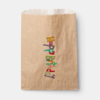 Bolsa De Papel Letras hechas a mano del feliz cumpleaños