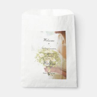 Bolsa De Papel Novia con el boda editable del ramo de la flor