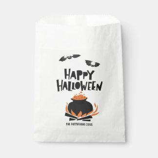 Bolsa De Papel Palos y feliz Halloween de la caldera