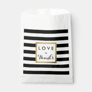 Bolsa De Papel Rayas negras y blancas con el boda de la hoja de