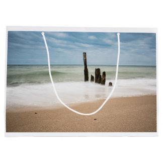 Bolsa De Regalo Grande Groynes en la orilla del mar Báltico
