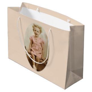 Bolsa De Regalo Grande Pequeño chica rubio del vintage en bolso rosado