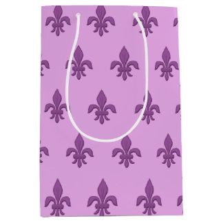 Bolsa De Regalo Mediana Flor de lis en la púrpura violeta en la lavanda