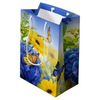 Bolsa De Regalo Mediana Flores amarillas azules con las mariposas