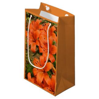 Bolsa De Regalo Pequeña Bolso anaranjado del regalo de la flor