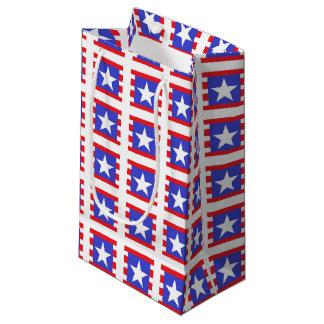 Bolsa De Regalo Pequeña Estrellas, rayas y cuadrados patrióticos