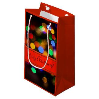Bolsa De Regalo Pequeña Luces de navidad multicoloras. Añada el texto o