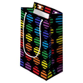 Bolsa De Regalo Pequeña Negro de los lunares y de las rayas del arco iris