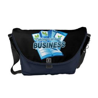 Bolsas De Mensajería Tomar el cuidado de la oscuridad del negocio/de la