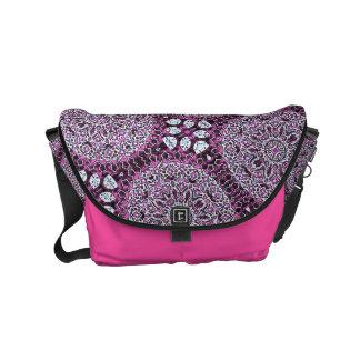 Bolsas Messenger La bolsa de mensajero rosada del diseño de Boho
