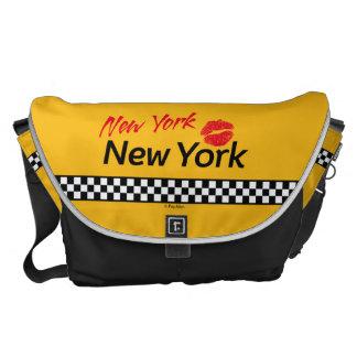 Bolso Messenger Taxi Nueva York y Red Kiss