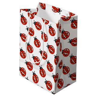 Bolso rojo y blanco del regalo de las mariquitas bolsa de regalo mediana