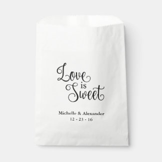 Bolsos del favor del boda - el amor es dulce bolsa de papel