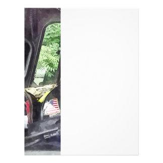 Bomberos - casco dentro del taxi del coche de bomb tarjetas informativas