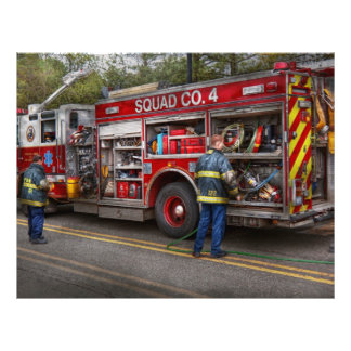 Bomberos - el coche de bomberos moderno flyer a todo color
