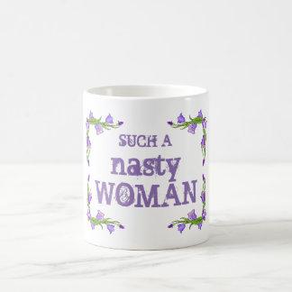 Bonito una taza tan desagradable de la mujer