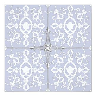 Borde de plata floral azul y blanco de la invitación 13,3 cm x 13,3cm