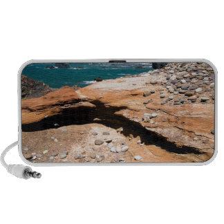 Borde del camino de la nutria de la erosión de la iPod altavoz