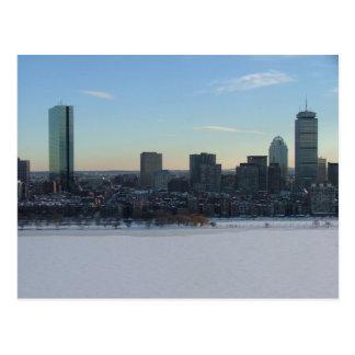 Boston y el río Charles congelado Postal