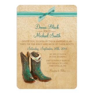 Botas de vaquero e invitación del boda del cordón