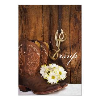 Botas de vaquero, margaritas, pedazo del caballo invitación 8,9 x 12,7 cm