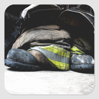 Botas del bombero pegatina cuadrada