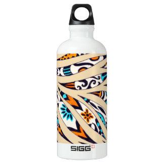 Botella De Agua Beige enrrollado manchado de tinta del modelo