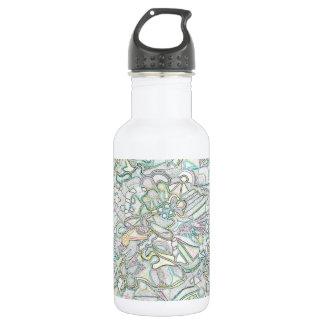 Botella de agua coloreada de las formas