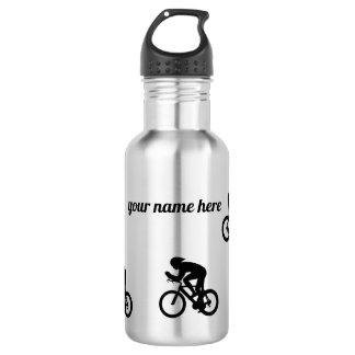 Botella de agua del ciclista, compitiendo con la