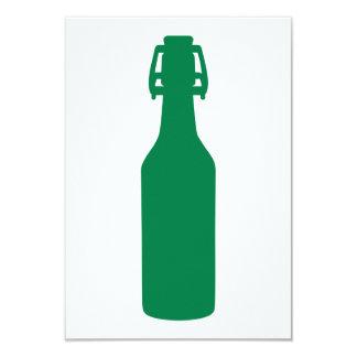 Botella de cerveza verde invitación 8,9 x 12,7 cm