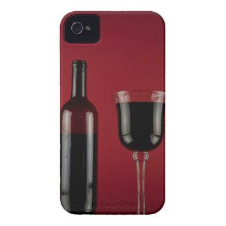 Botella de cristal del rojo de vino funda para iPhone 4 de Case-Mate