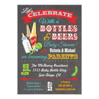 Botellas e invitaciones de la fiesta de bienvenida comunicado personal