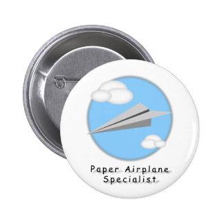 Botón del aeroplano de papel pin