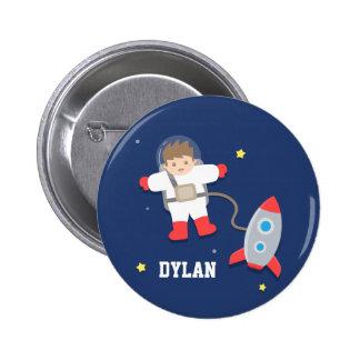 Botón lindo del astronauta del espacio exterior de