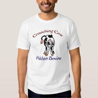 Bóvidos ocultados vaca que se agachan camisetas