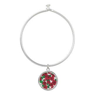 Brazalete Modelo de los rosas rojos