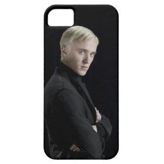 Brazos de Malfoy del Draco cruzados iPhone 5 Protector