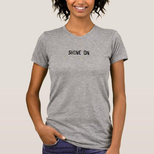 Brillo en la camiseta