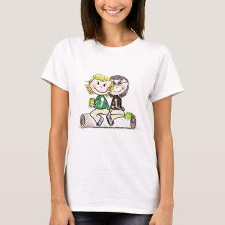 Brownie menor del girl scout al aire libre camiseta