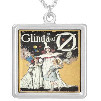 Bruja de Glinda Collar Personalizado