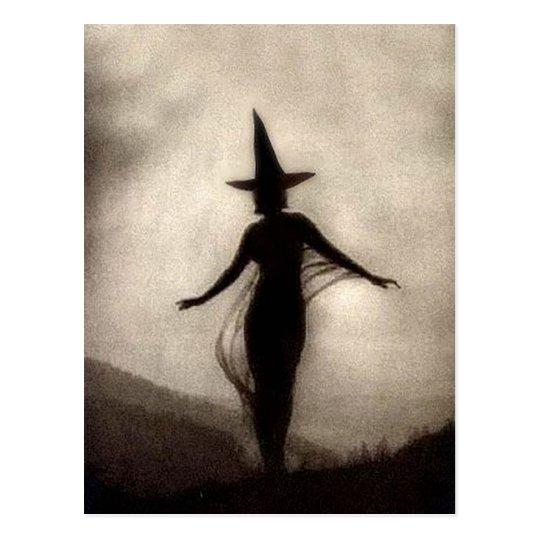 Bruja de la sombra del vintage postal